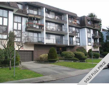 Lower Lonsdale Condo for sale: Dorset Manor 1 bedroom  (Listed 2016-02-07)