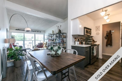 East Village Penthouse for sale: Landmark Monterey 1 Bedroom & Flex 767 sq.ft. (Listed 2016-05-18)