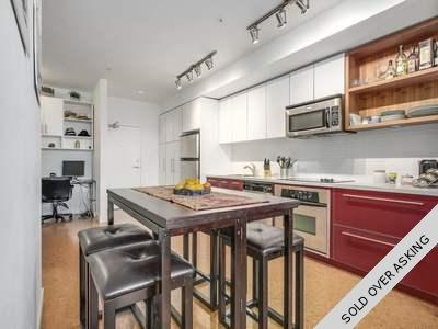 Mount Pleasant VE Condo for sale:  1 bedroom 675 sq.ft. (Listed 2017-11-14)