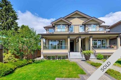 Central Lonsdale 1/2 Duplex for sale:  5 bedroom 2,633 sq.ft. (Listed 2020-09-23)